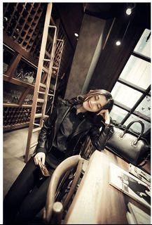 帥氣時尚黑色皮外套