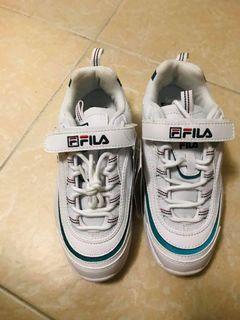 Fila老爹鞋 24號