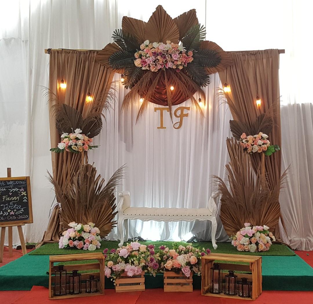 Sewa backdrop lamaran pernikahan dll