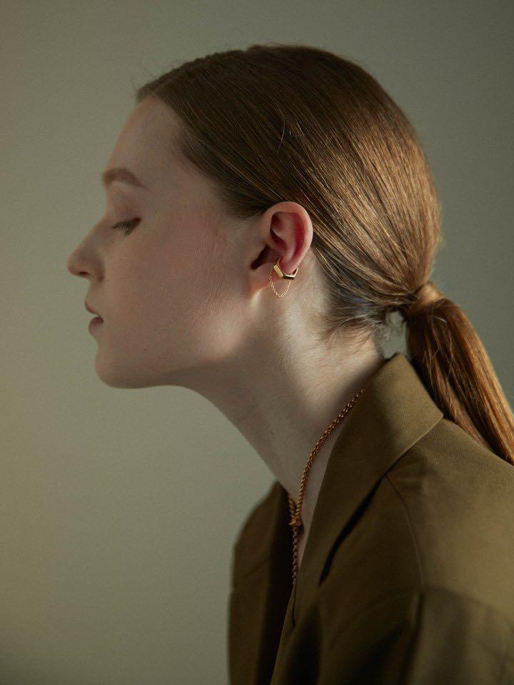 徵❗️mouggan 六角墜鍊耳扣 黃銅