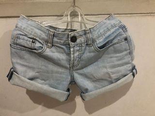 Celana Pendek hotpants denim
