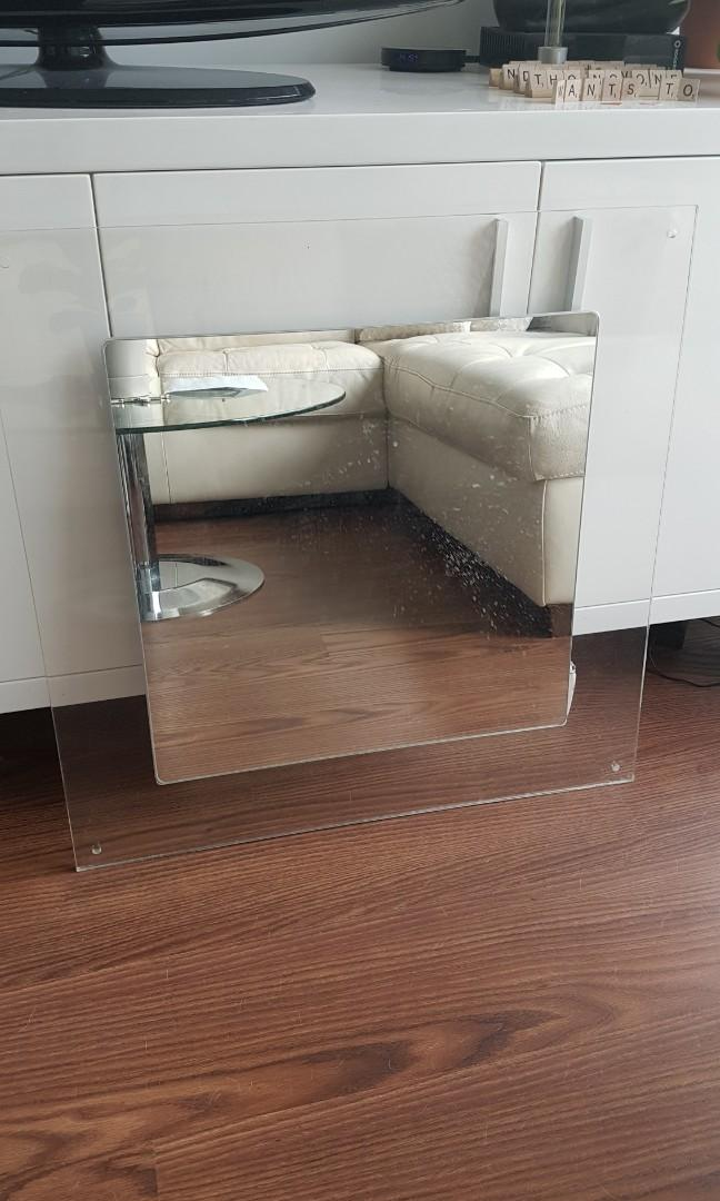 Clear plastic mirror