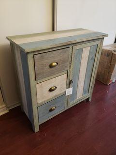 Farmhouse Cabinet 32x32x14in