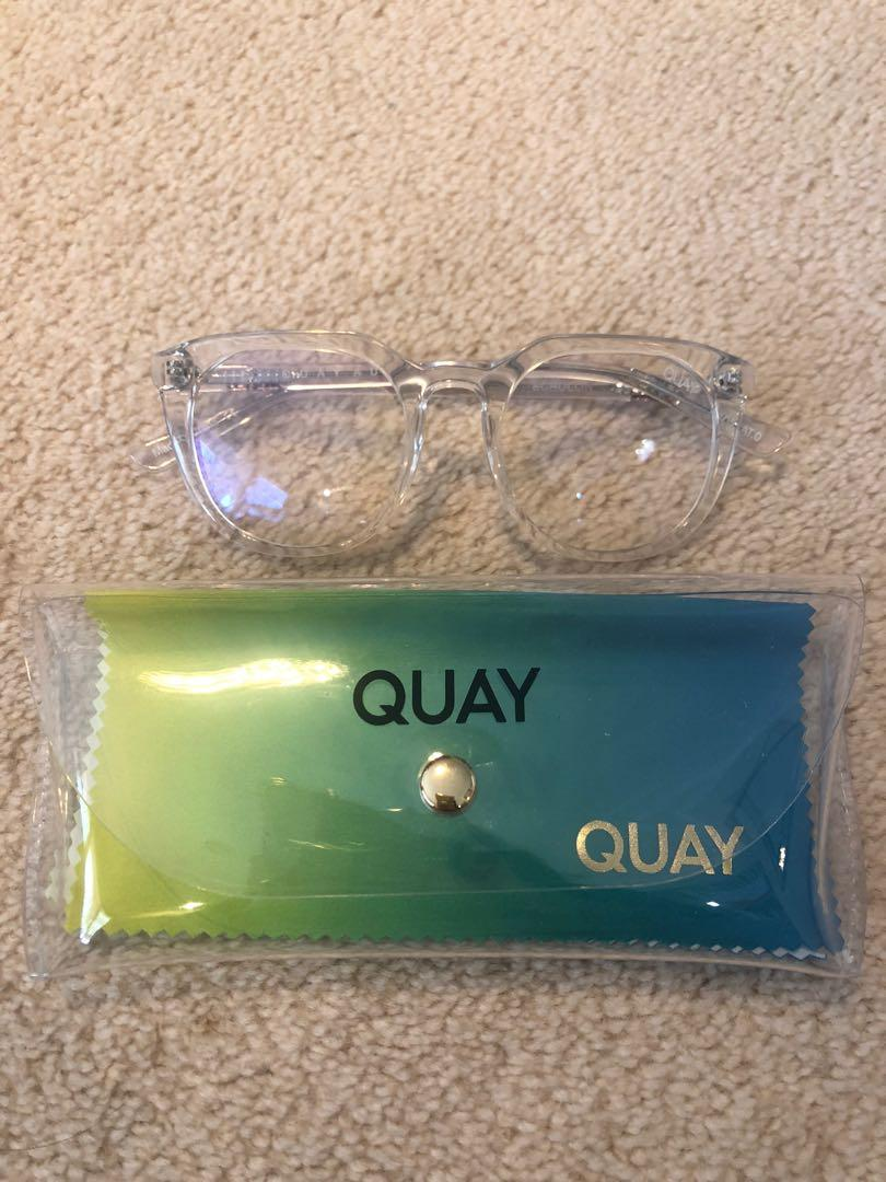 Quay Blue Light Glasses in Clear