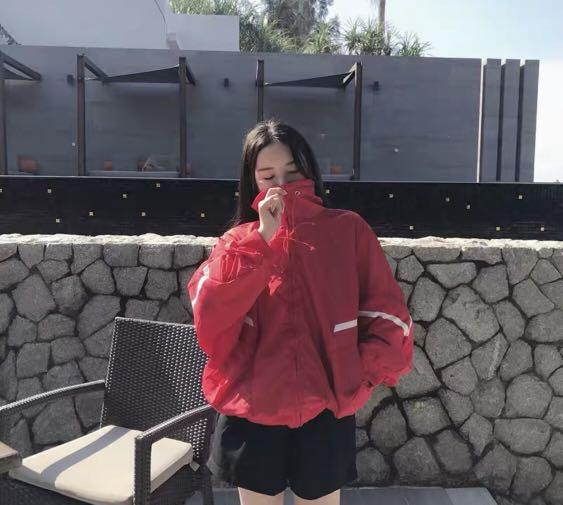 Red windbreaker thin