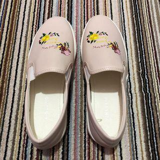Vincy baby pink shoes