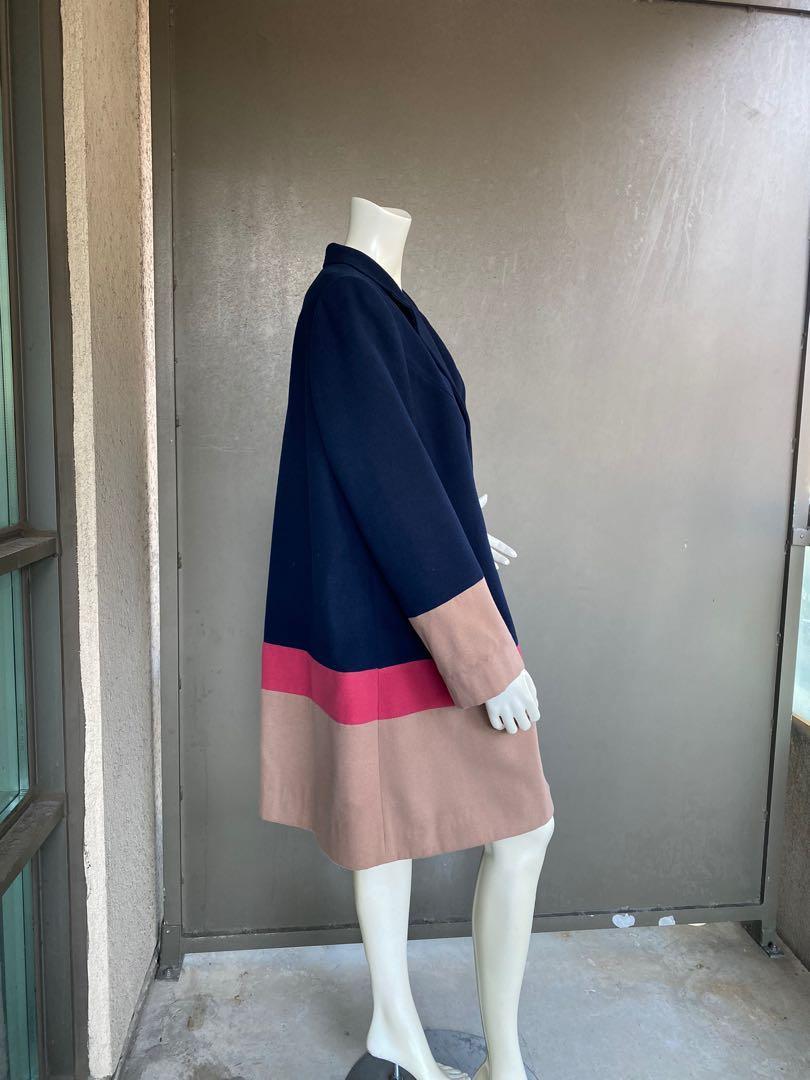 Women's coat size L/XL