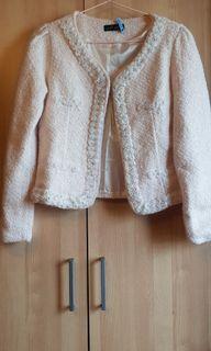淺粉白杏色毛呢玫瑰珍珠滾邊小香風外套