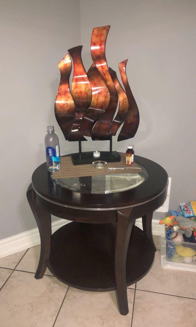 Glass/ wood round table