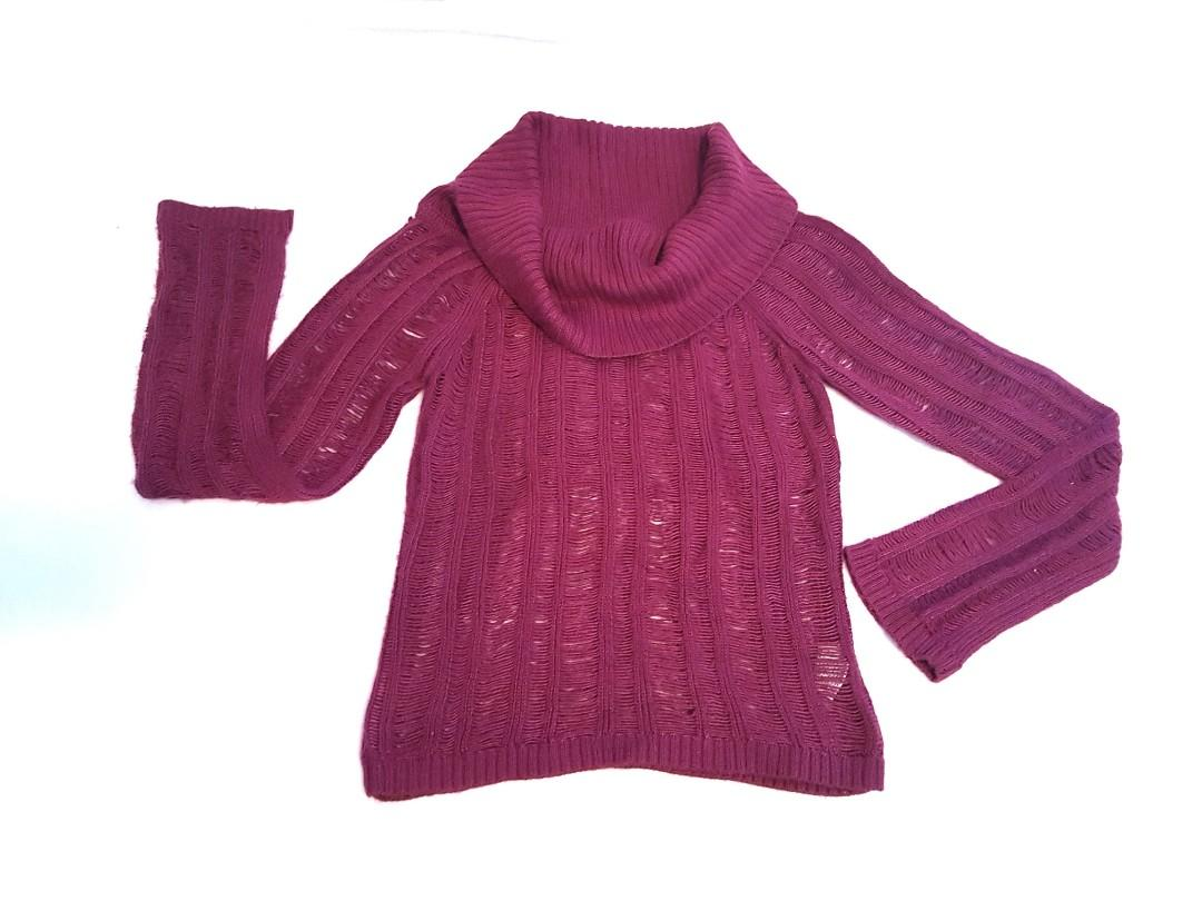 GUESS Cowl neck knit sweater
