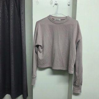 粉藕色短版長袖上衣 原價390元