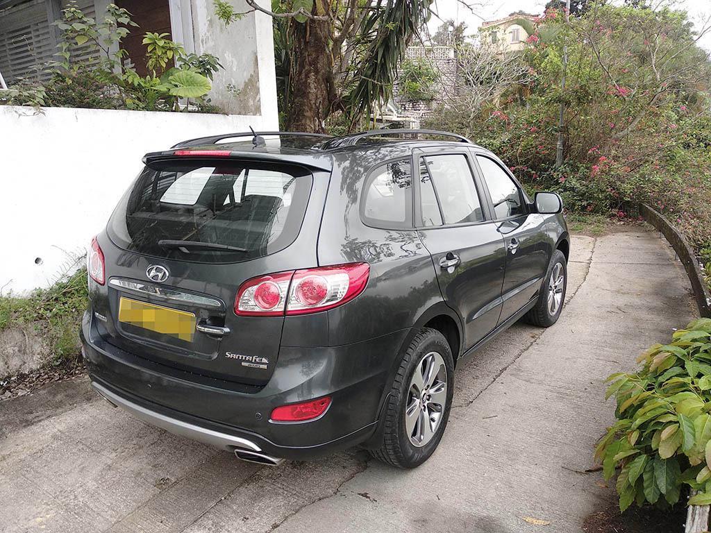 Hyundai Santa Fe 2.4 GLS (A)
