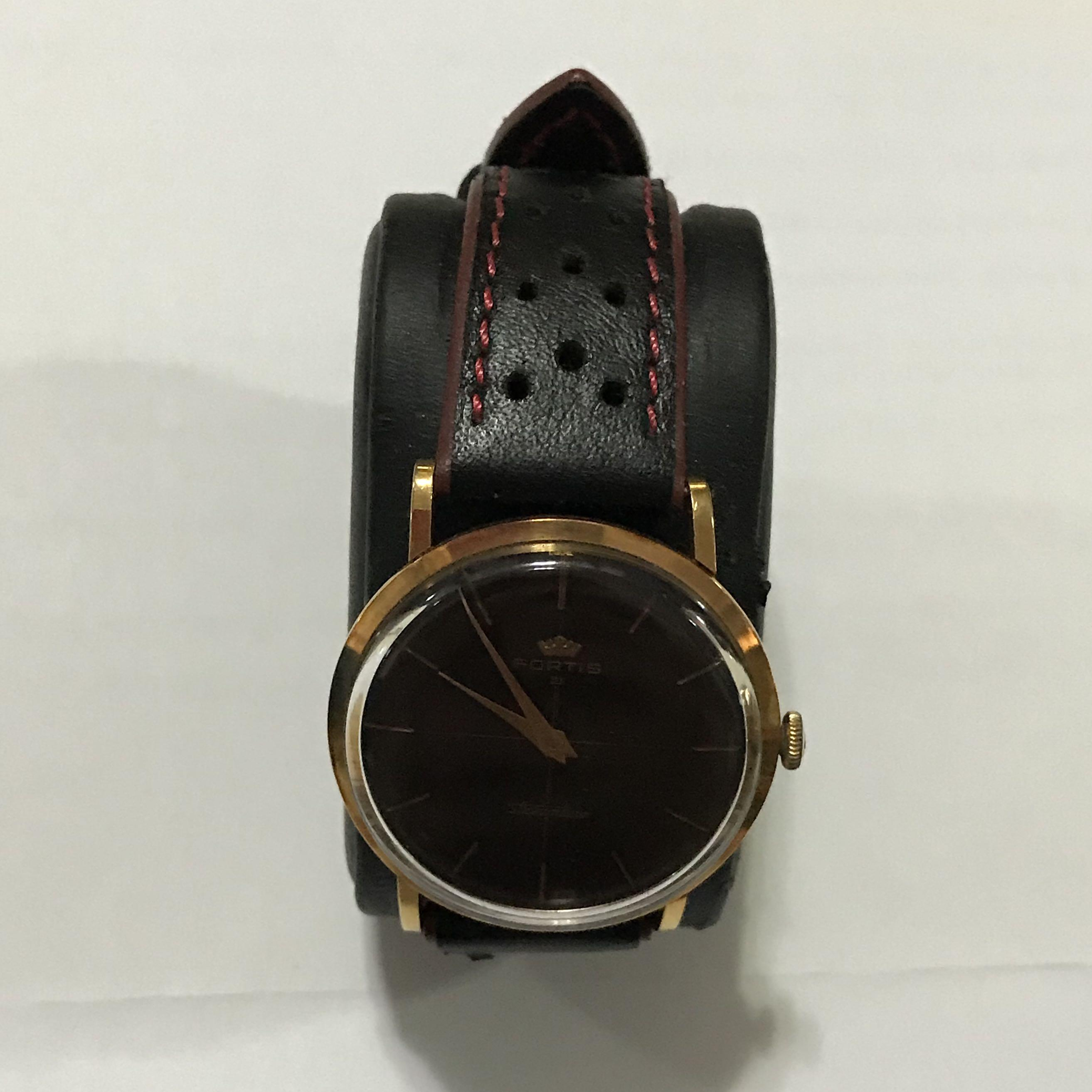 {Collectibles Item} Rare Authentic Vintage Fortis Brand Solid 18K Rose Gold Manual Winding Wrist Watch True Vintage Feature 2-Hand Movement & Raised Glass Minimal Wear & Tear With Texture Watch Face Approximately 37mm In Diameter & 7mm In Thickness