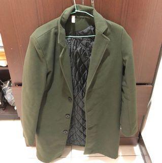 韓版軍綠色保暖大衣