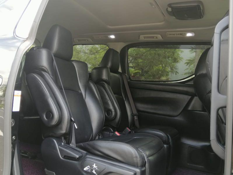 Daily Rental Toyota Alphard 2.5 Black Limousine NFL Good Condition