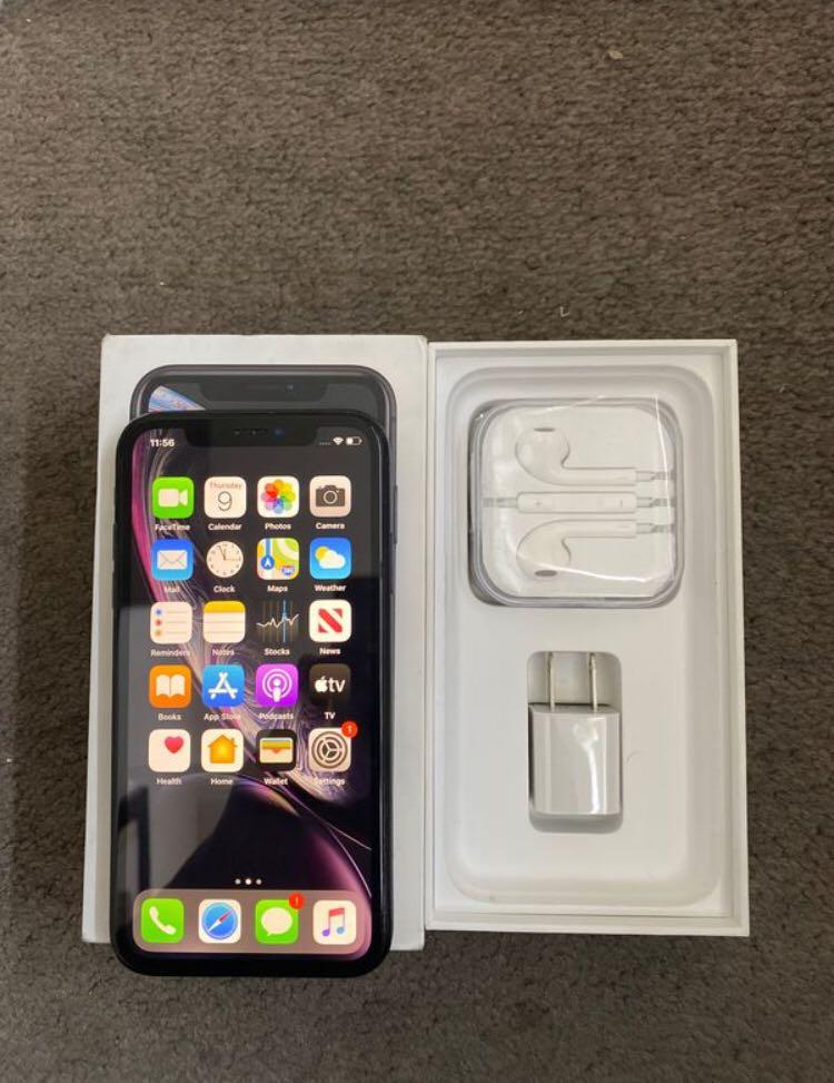 IPhone XR 64GB | Only accepting Cash App Direct payment I don't accept VIA |