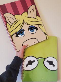 Kermit and Miss Piggy note pads