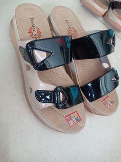Sandal terlaris