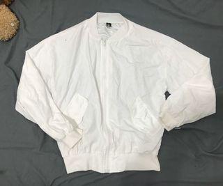 白色薄款飛行外套(可換物)
