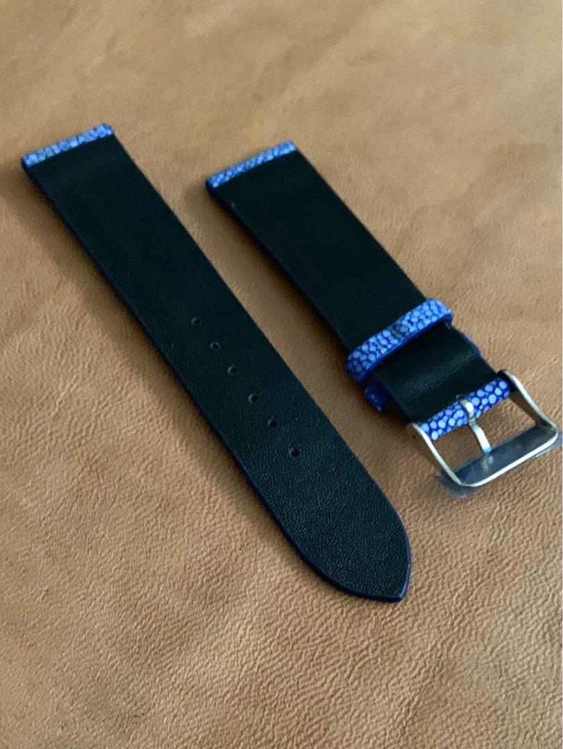 [SOLD] 20mm/18mm Ocean Blue Stingray Watch Strap (last piece, once sold no more 🙏🏻👍🏻) Standard Length - L:120mm S:75mm