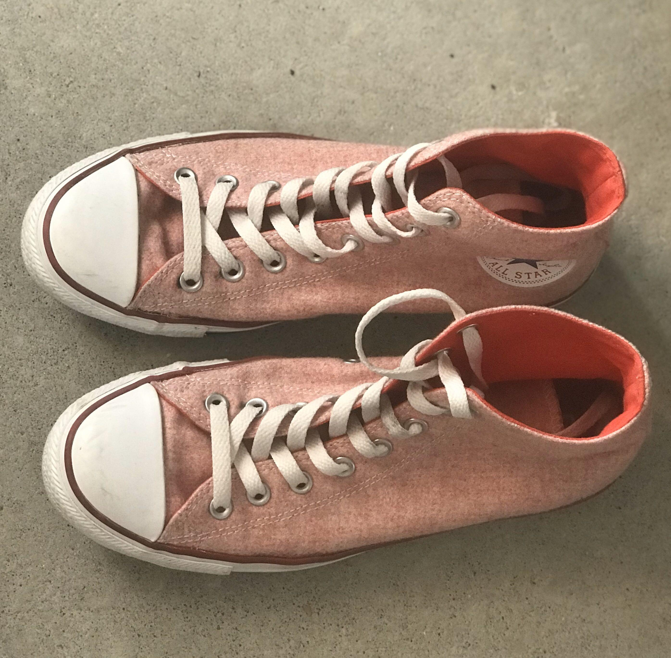 converse size 10 high tops chuck taylors pastel red