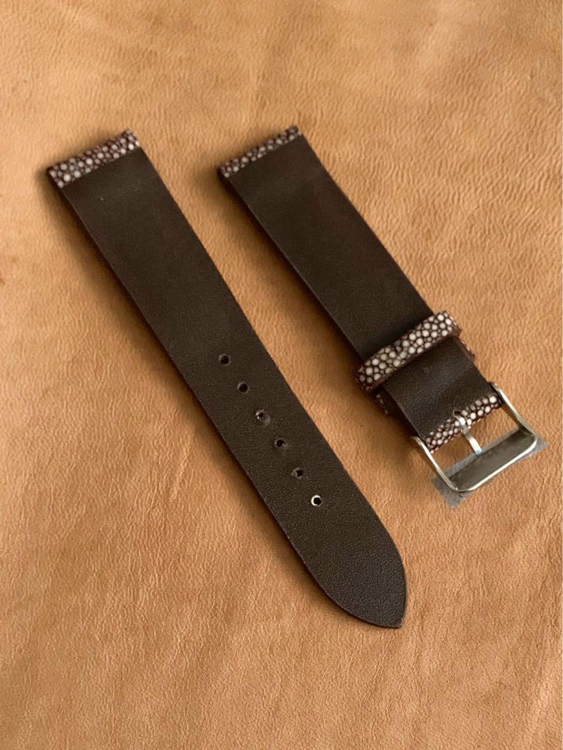 20mm/18mm Pecan Brown Stingray Watch Strap (only one piece piece, once sold no more 👍🏻😊) Standard Length - L:120mm S:75mm