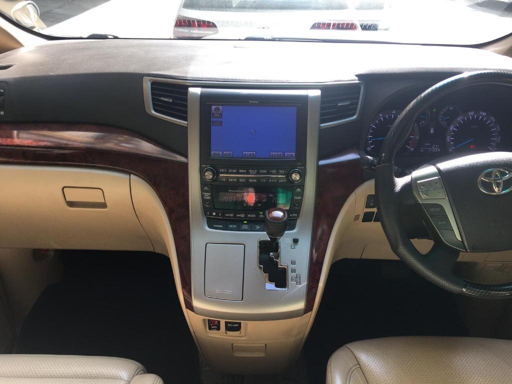 Toyota Alphard 3.5 Auto