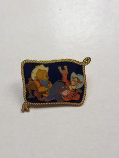 (包郵) Disney pin winnie the pooh  tigger  eeyore  pins 廸士尼徽章 襟章