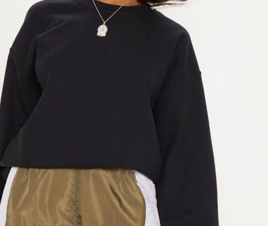 Black oversized crew neck from pretty little thing