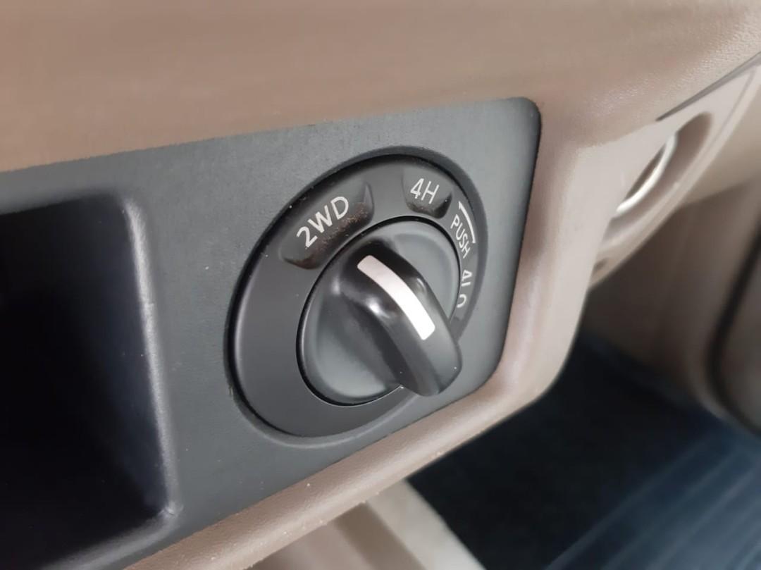 for sale th.2010 Nissan Navara FRONTIER Double Cabin 2.5 Manual Diesel 4x4.Kepemilikan an.Pribadi bukan an.PT/Mobil Komersil.TERAWAT