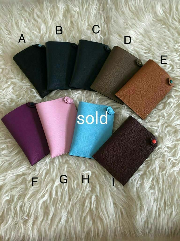 Hermes passport holder  Each 3.400.000   Kecuali A, C, I, E @ 3.650.000 (bicolor)
