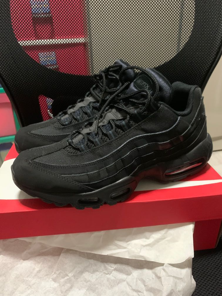 NIKE AIR MAX 95 ALL BLACK AUTHENTIC