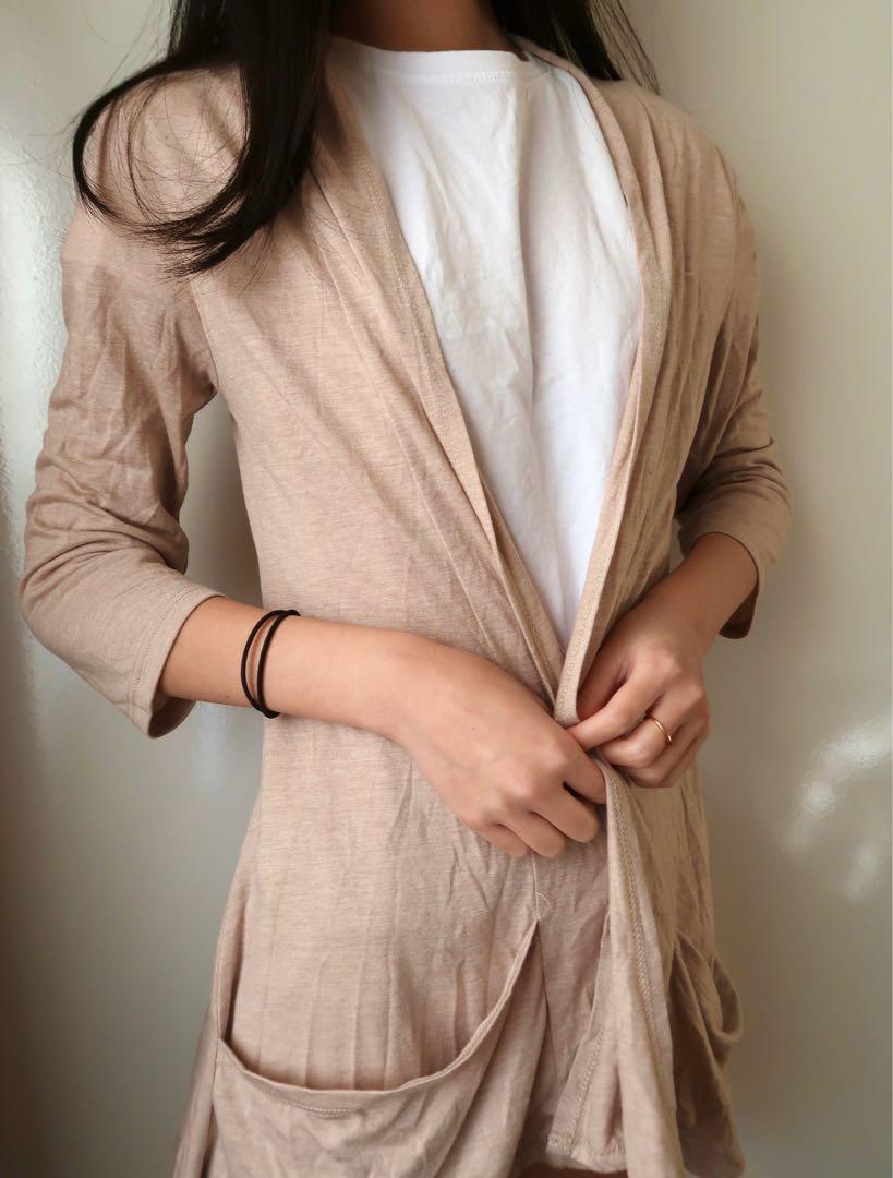 Size small: beige cardigan