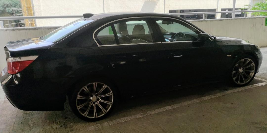 BMW 530i Luxury Auto