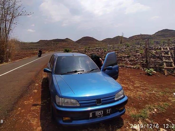 Turun Harga!! Mobil Peugeot 306 n3 Biru - Plat Ganjil