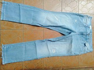 Celana gap