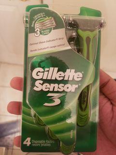 Gillette Disposable Razors - 4