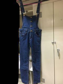 顯瘦深藍吊帶褲