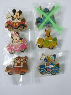 (包郵) Disney pin Mickey minnie Donald chip &dale 廸士尼徽章 襟章
