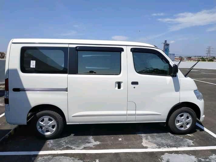 Mobil GRANMAX MINIBUS _ DP 35 JT ( hubungi : 08176300638 )