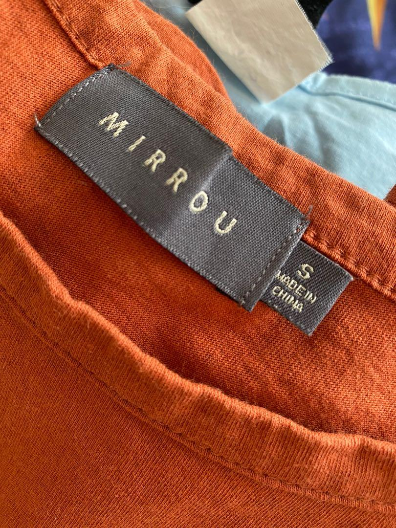Size small: burnt orange distressed crop top