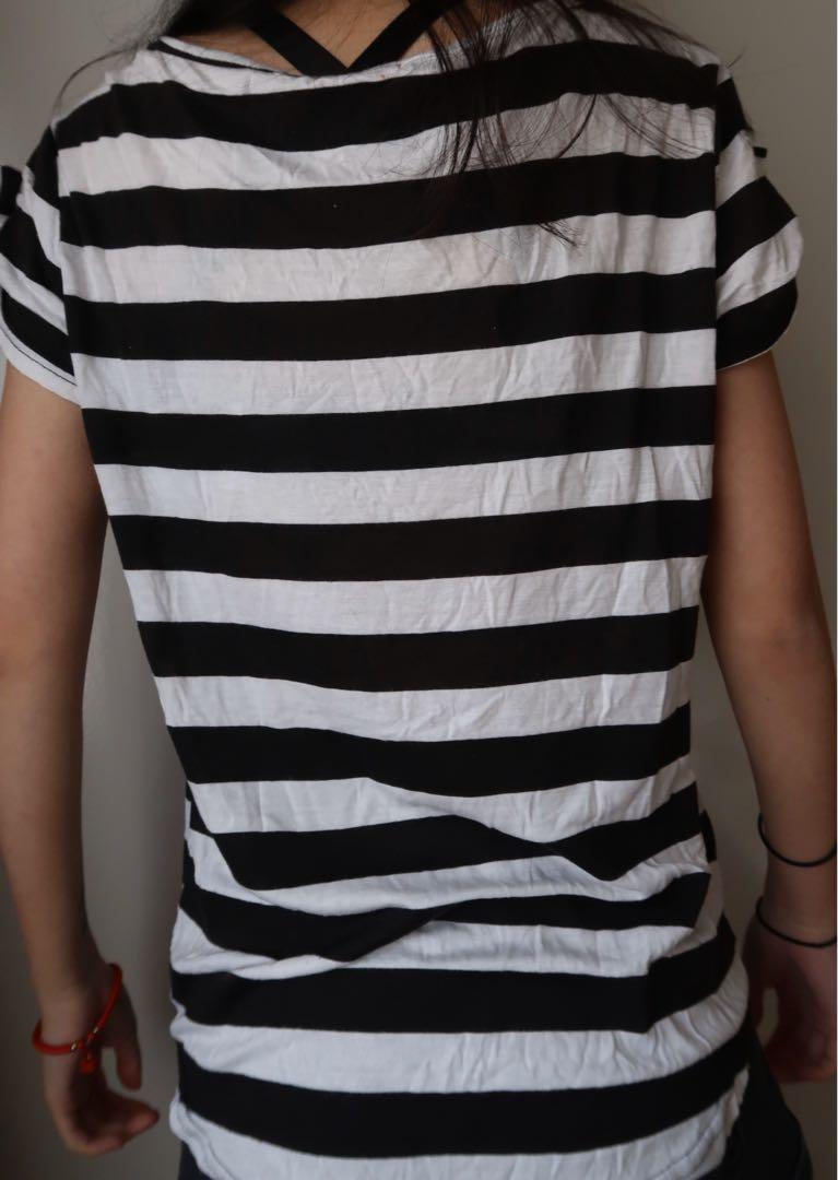 Size small: cute striped t shirt