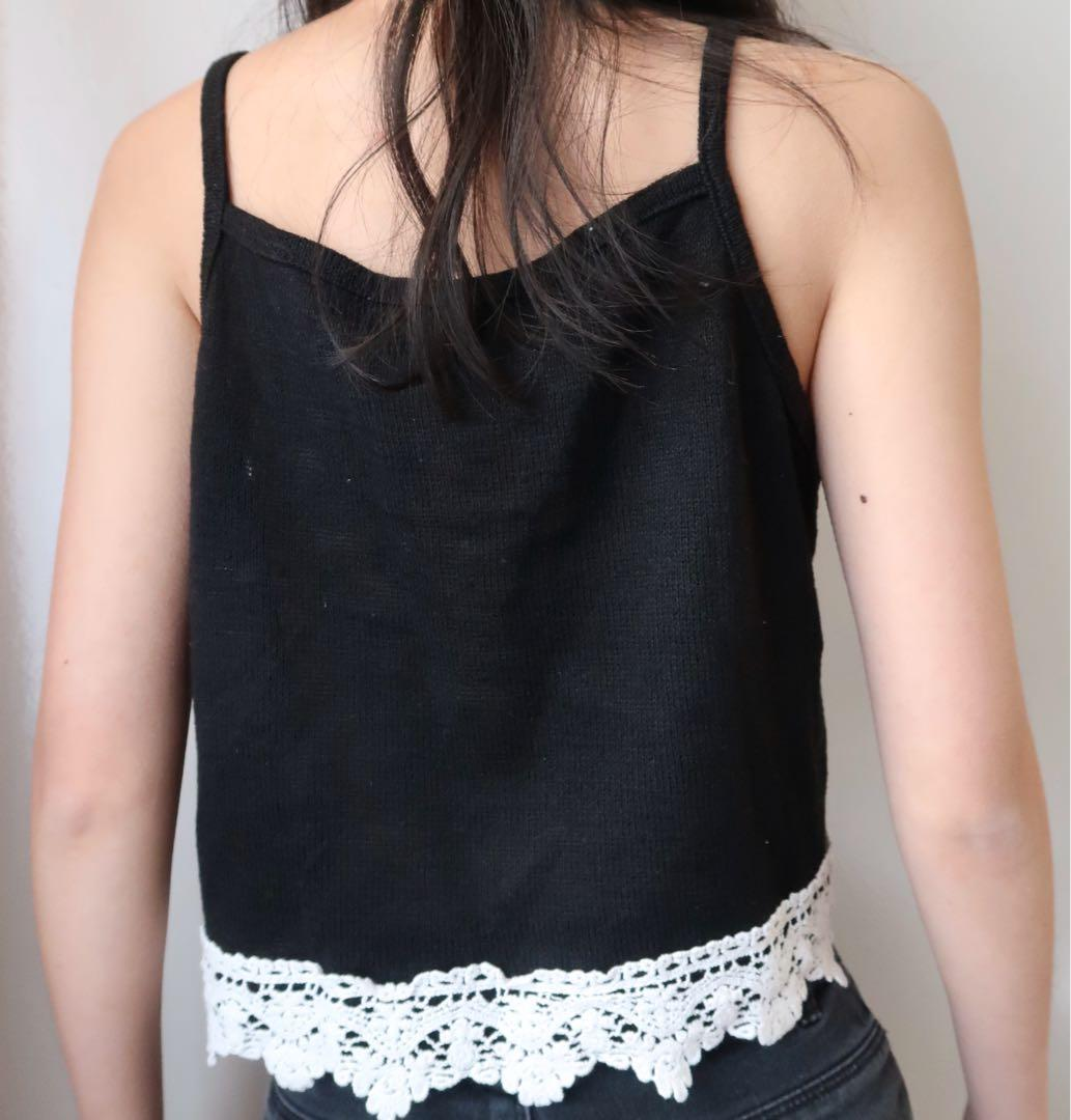 Size small: ribbed cami