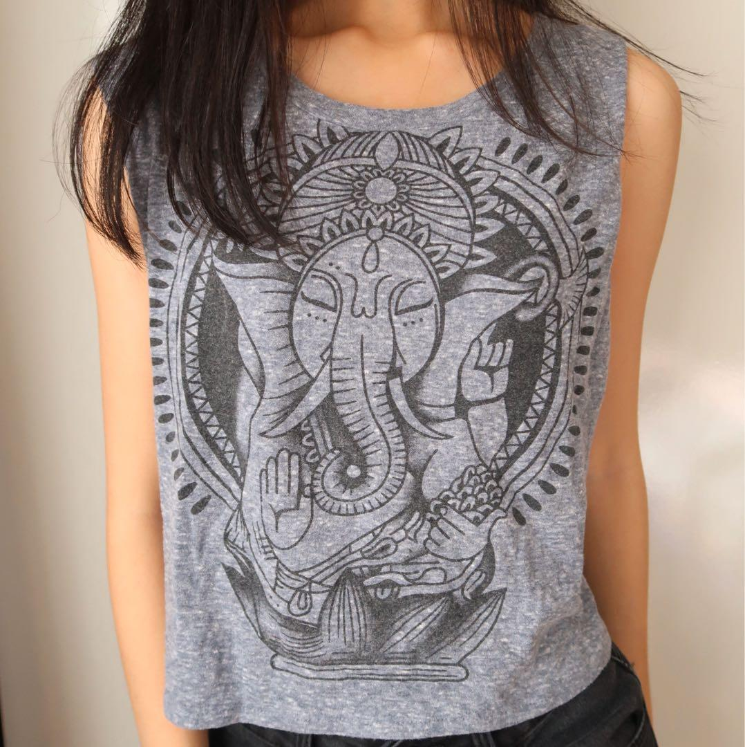 Size xs: cute elephant top