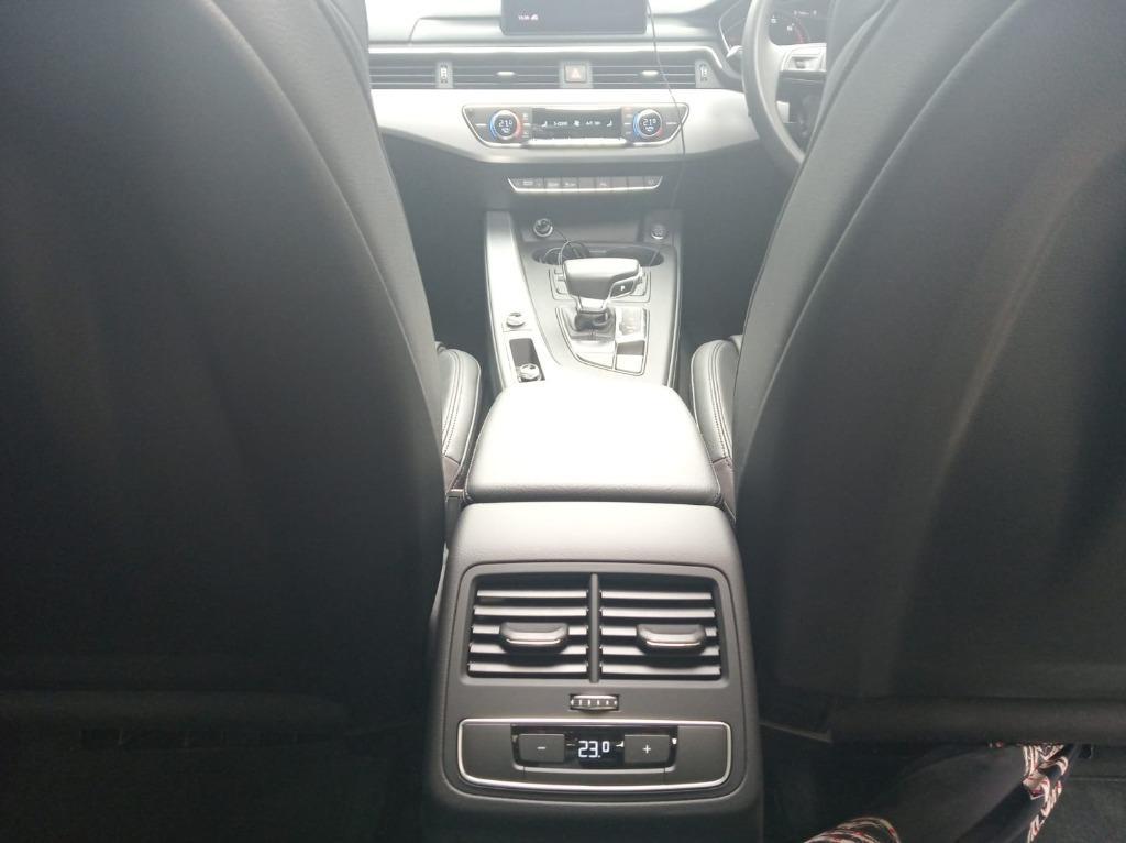 Audi A4 40TFSI Auto