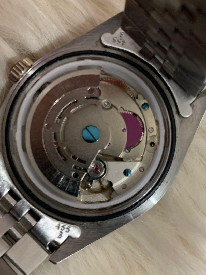 Rolex mirror mesin automatic jepang, mulus 98% like new, 40 mm incl crown, replace box! Unisex, size medium