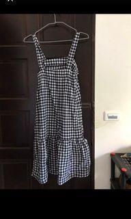 黑白格子魚尾裙洋裝