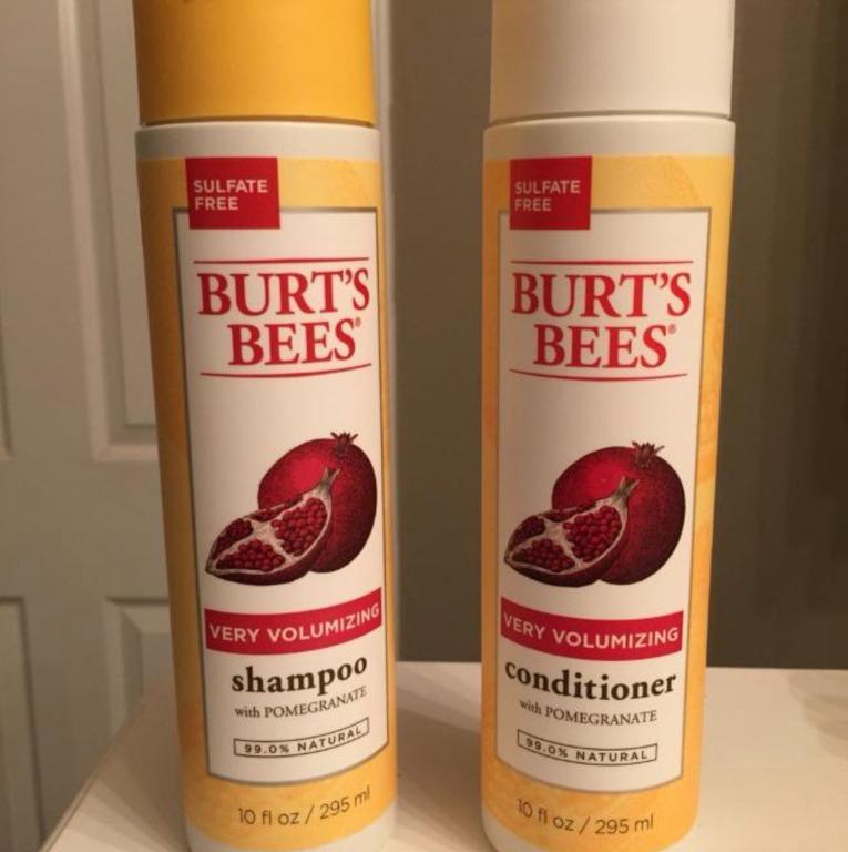 Burt's Bees Volumizing Pomegranate Oil Sulfate Free Conditioner