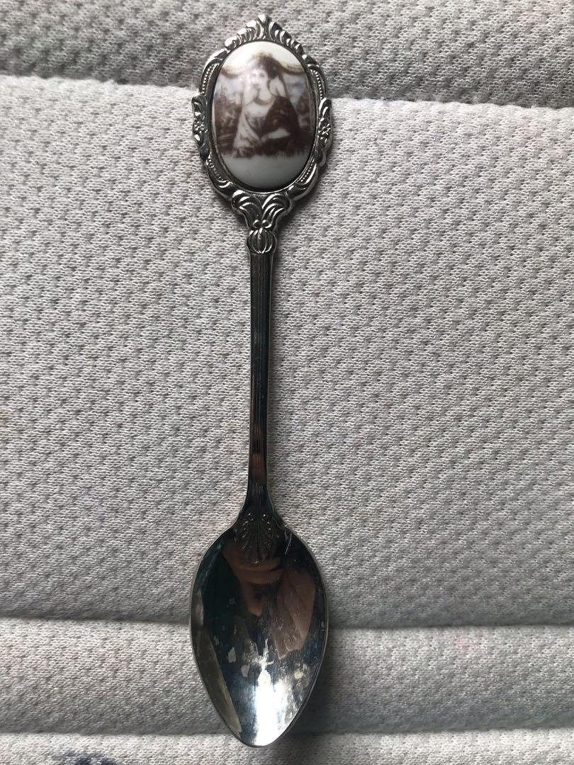 Silver plated coronation spoons, all with photos & ties to different kings/queens
