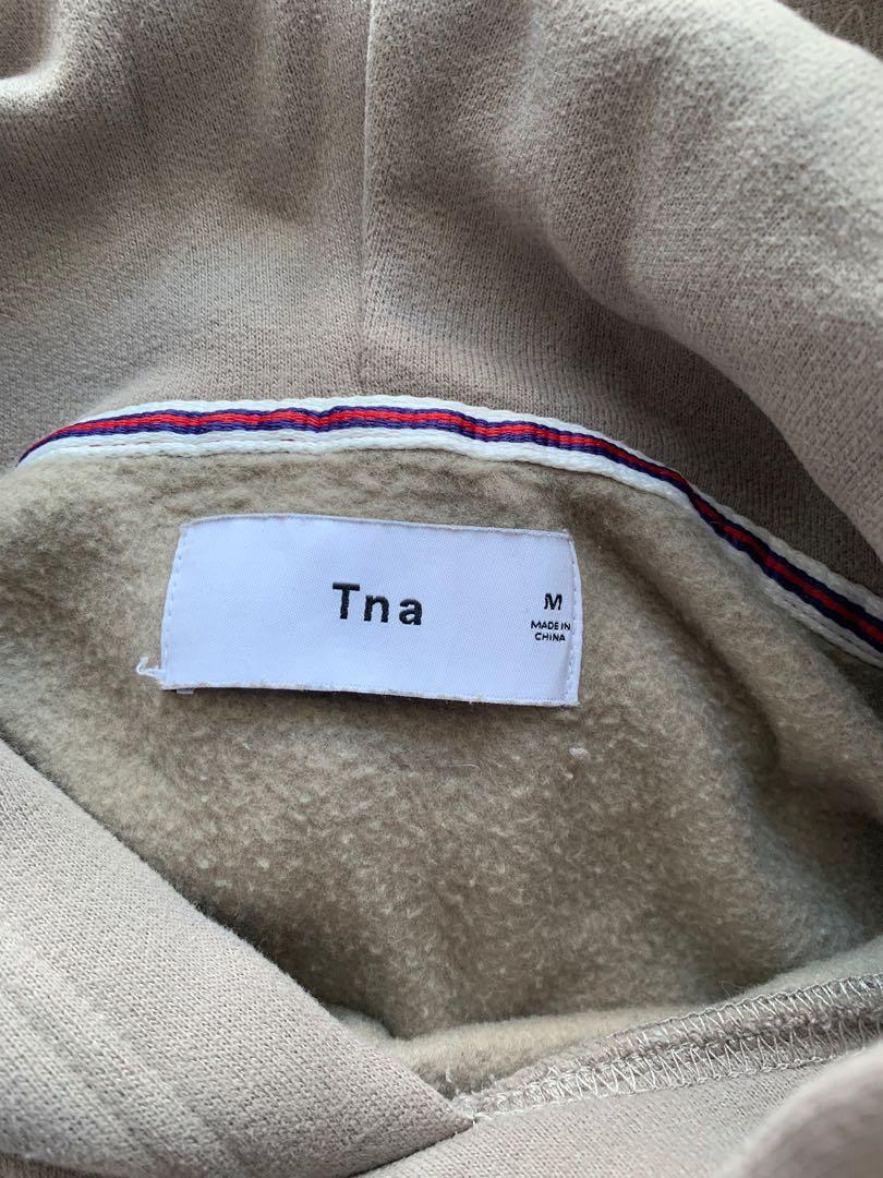 Aritzia TNA perfect cropped hoodie -size medium( taupe colour)